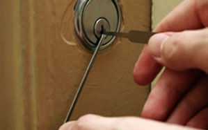 Door locks Cheadle
